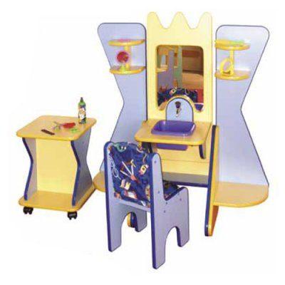 Салон красоты со стулом и столиком П-03