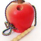 Шнуровка Яблоко с гусеницей