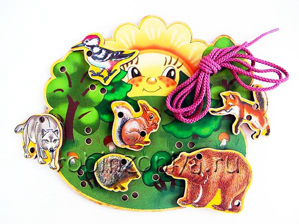 Игрушка шнуровка деревянная В лесу купить в интернет-магазине robinzoniya.ru.