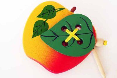 Шнуровка Яблоко с листиком