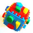 Логический куб со сквозными отверстиями (Построй фигурки)