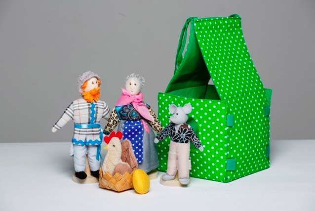 Театр шагающий Курочка Ряба с домиком купить с доставкой по России в интернет-магазине robinzoniya.ru.